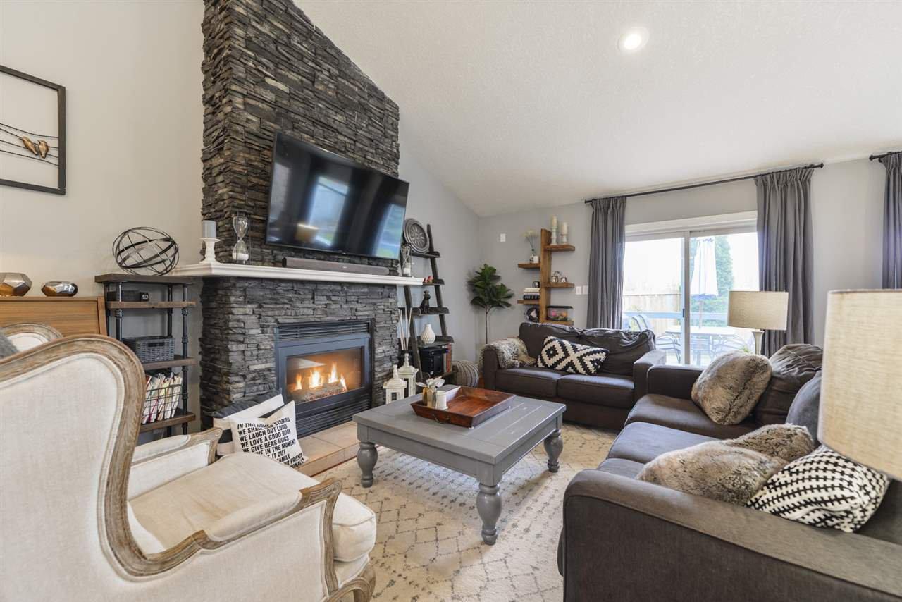 Main Photo: 243 RUNNING CREEK Lane in Edmonton: Zone 16 House for sale : MLS®# E4180453