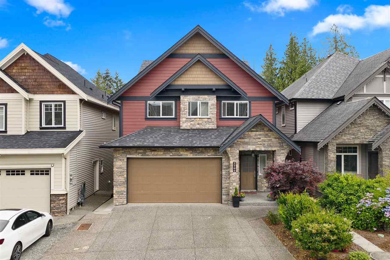 """Main Photo: 7796 211B Street in Langley: Willoughby Heights House for sale in """"YORKSON"""" : MLS®# R2480434"""
