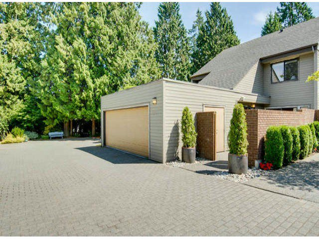 Main Photo: 3771 NICO WYND Drive in Surrey: Elgin Chantrell Home for sale ()  : MLS®# F1419246