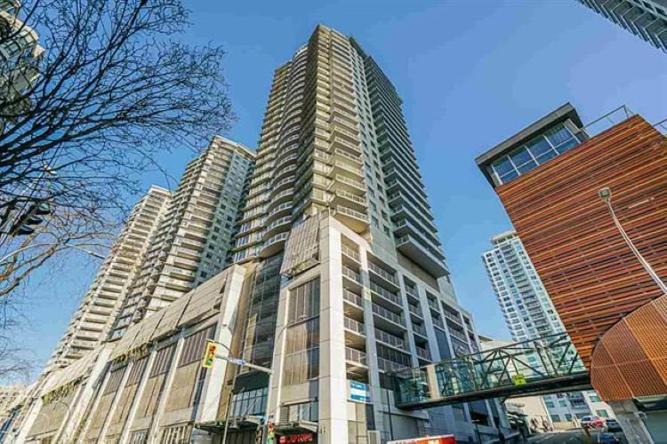 "Main Photo: 2302 898 CARNARVON Street in New Westminster: Downtown NW Condo for sale in ""AZZURE 1"" : MLS®# R2516929"