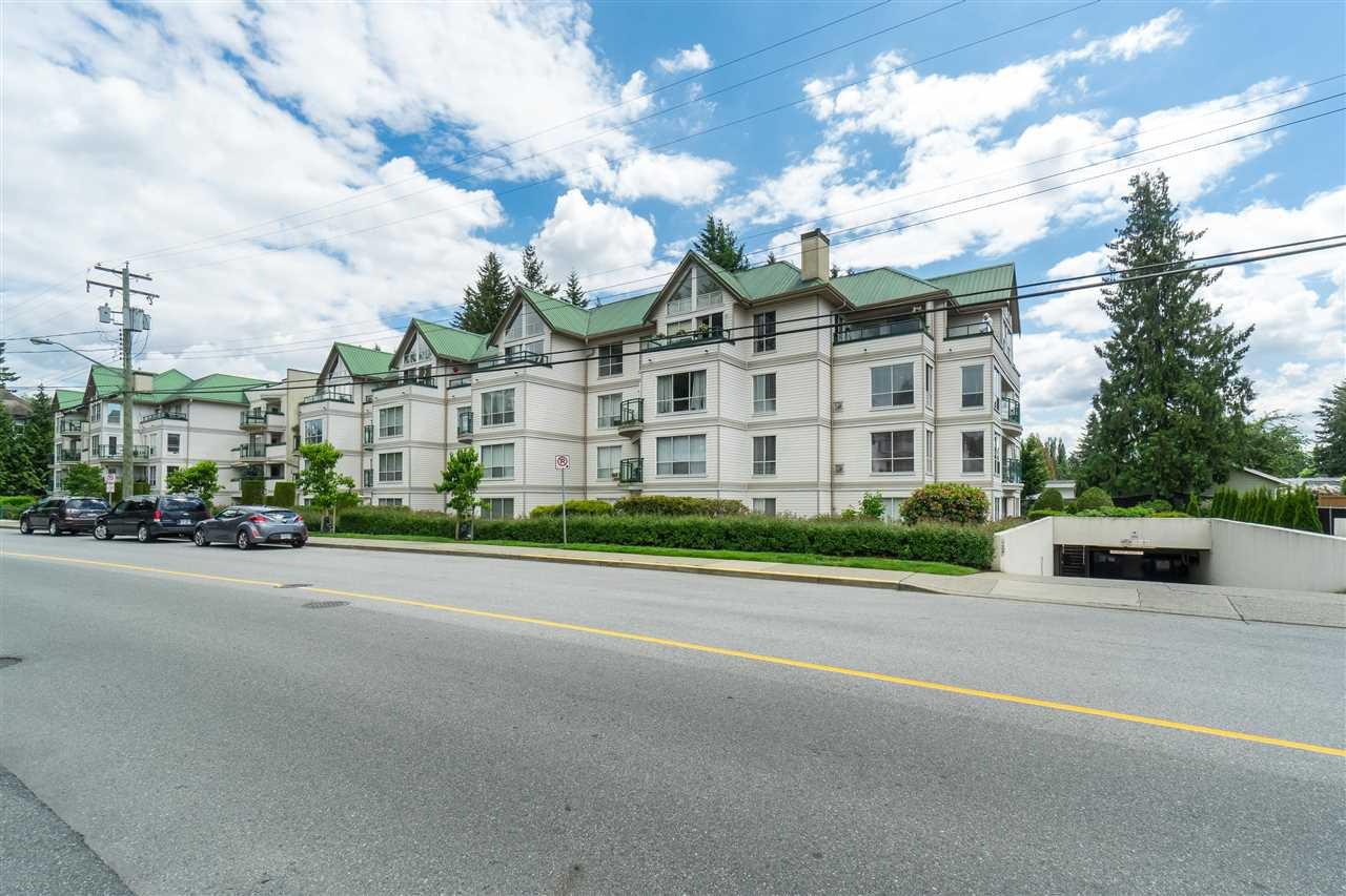 """Main Photo: 107 33280 E BOURQUIN Crescent in Abbotsford: Central Abbotsford Condo for sale in """"Emerald Springs"""" : MLS®# R2526607"""