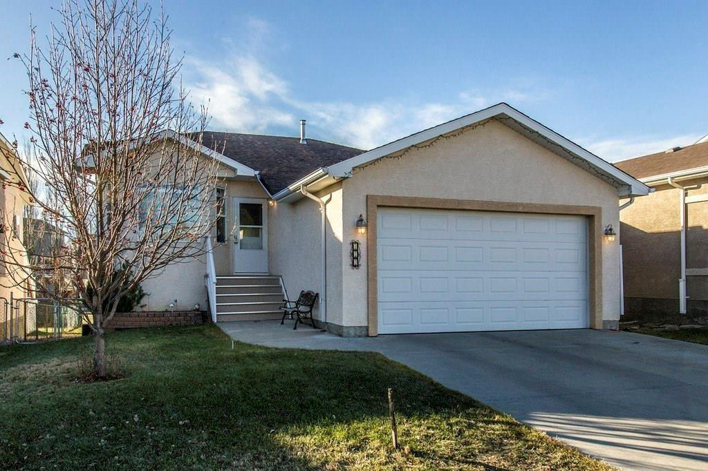 Main Photo: 413 LINEHAM ACRES Drive NW: High River Detached for sale : MLS®# C4296212