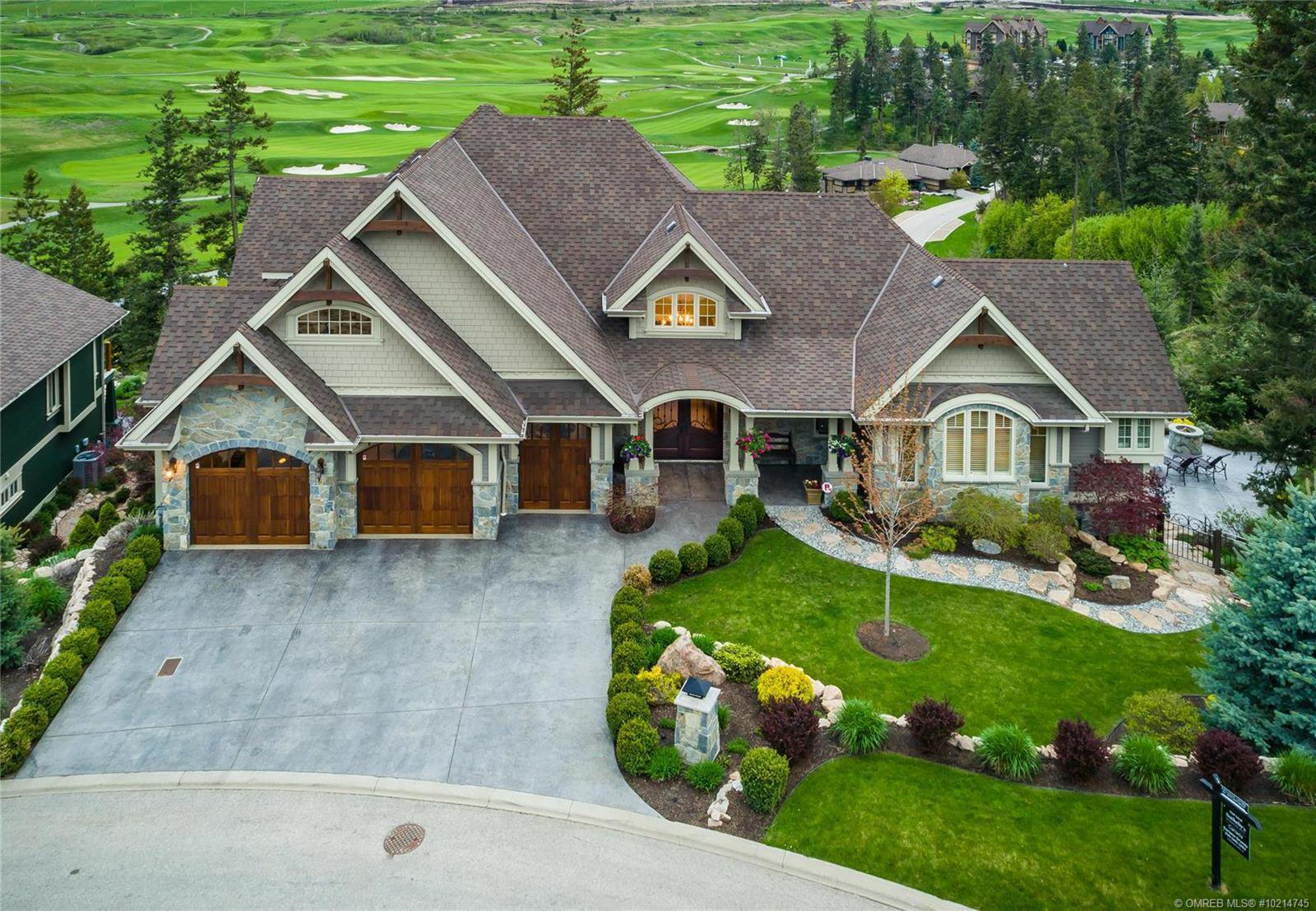 Main Photo: 602 Falcon Point Way, in Vernon: House for sale : MLS®# 10214745