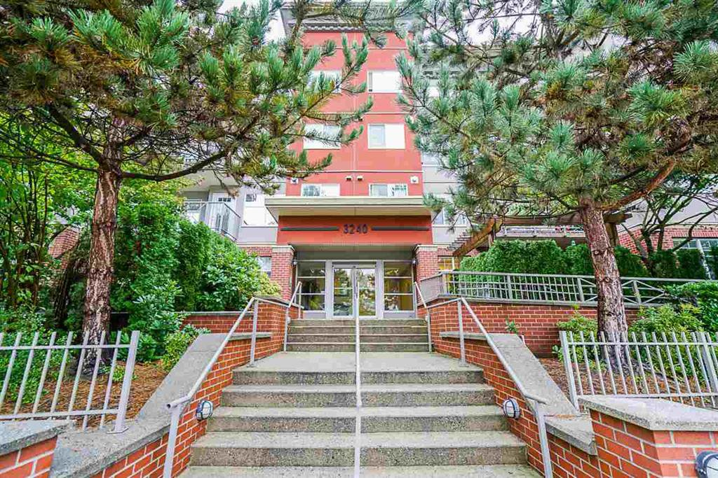 Main Photo: 207 3240 St. Johns Road in Port Moody: Port Moody Centre Condo for sale : MLS®# R2510031