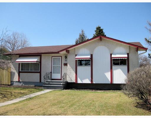 Main Photo: 35 MCCREEDY Road in WINNIPEGOS: East Kildonan Residential for sale (North East Winnipeg)  : MLS®# 2907315