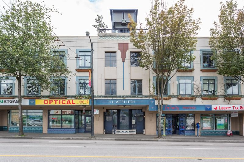 "Main Photo: 209 2556 E HASTINGS Street in Vancouver: Renfrew VE Condo for sale in ""L'ATELIER"" (Vancouver East)  : MLS®# R2389141"