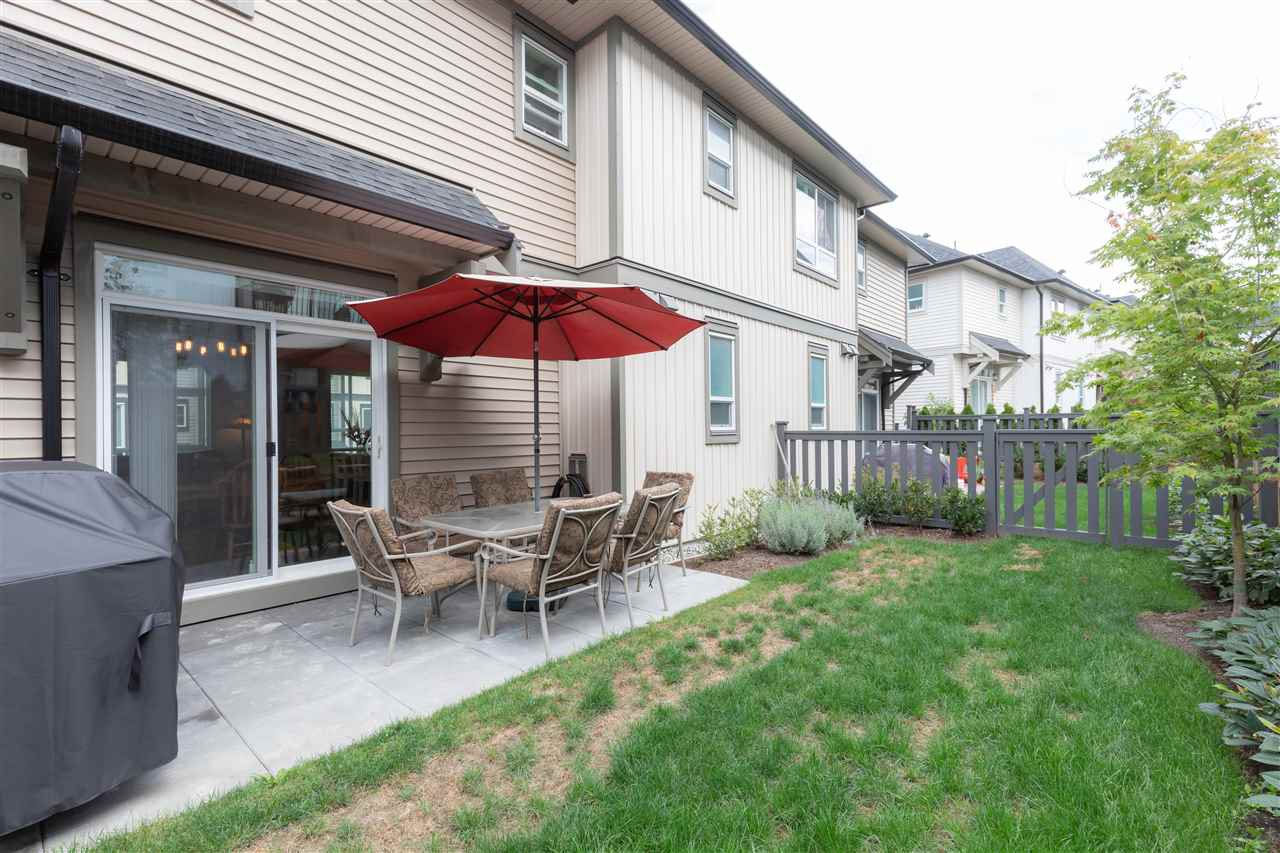 "Photo 10: Photos: 52 30930 WESTRIDGE Place in Abbotsford: Abbotsford West Townhouse for sale in ""Bristol Heights"" : MLS®# R2404942"