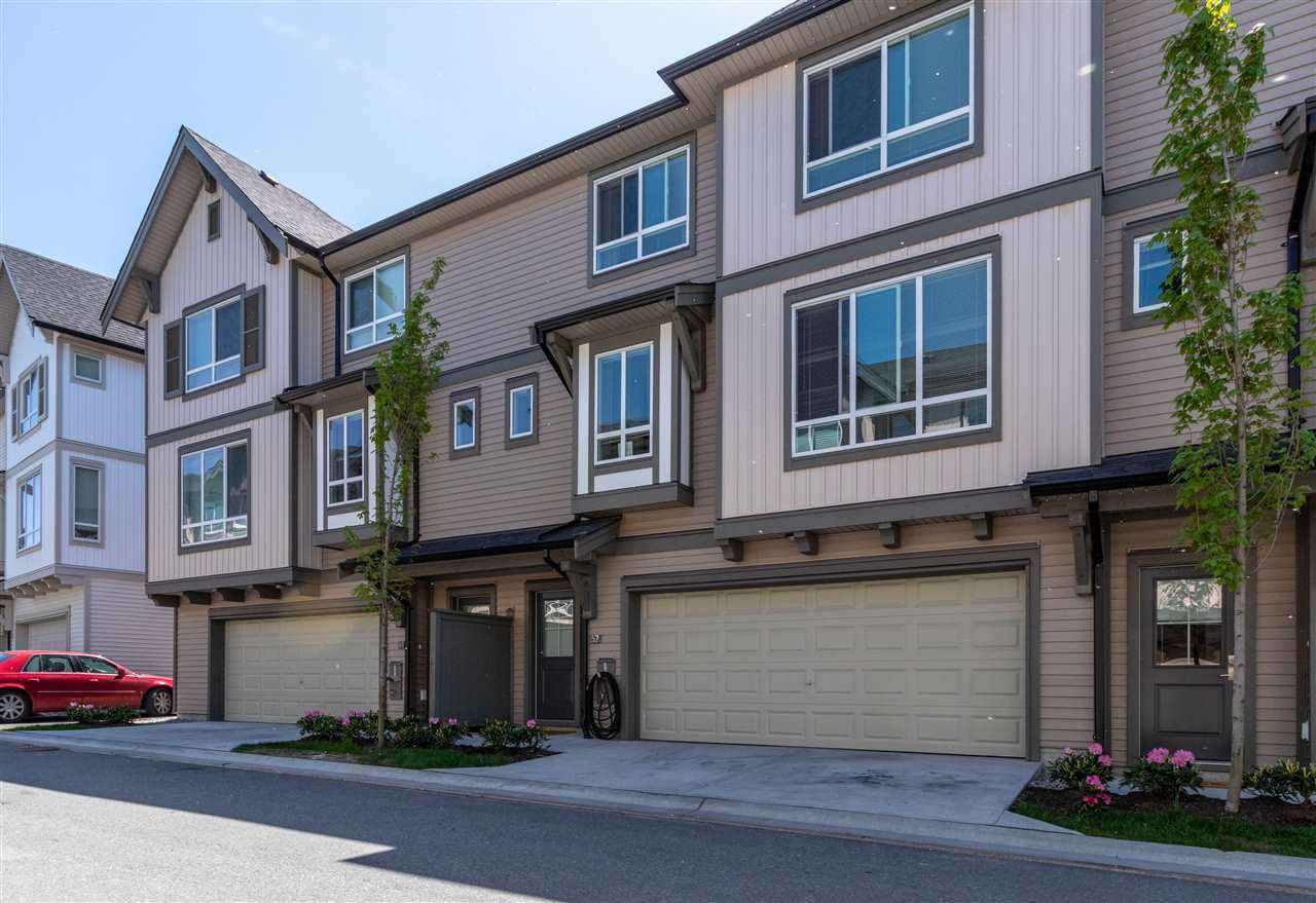 "Photo 2: Photos: 52 30930 WESTRIDGE Place in Abbotsford: Abbotsford West Townhouse for sale in ""Bristol Heights"" : MLS®# R2404942"
