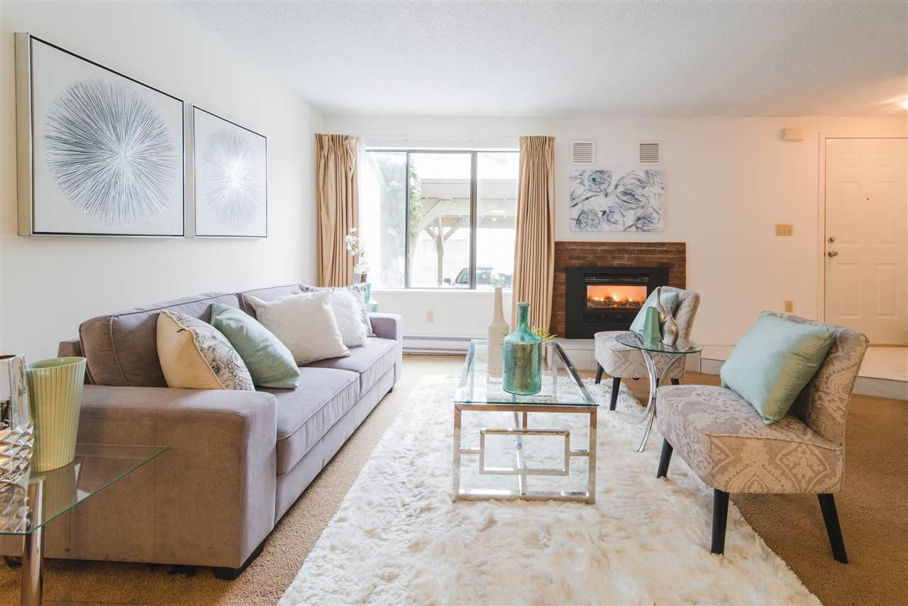 """Main Photo: 8171 LAVAL Place in Vancouver: Champlain Heights Townhouse for sale in """"CARTIER PLACE"""" (Vancouver East)  : MLS®# R2428911"""