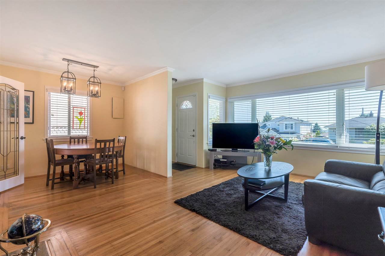 Main Photo: 6357 NEVILLE STREET in Burnaby: South Slope House for sale (Burnaby South)  : MLS®# R2488492