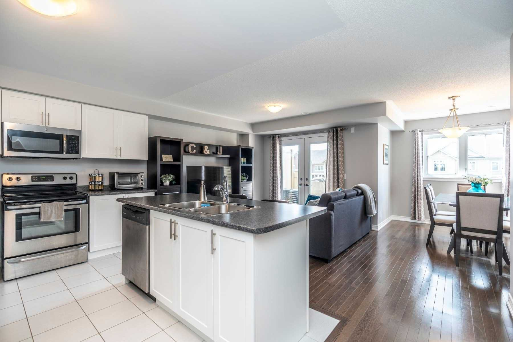 Photo 3: Photos: 15 Great Gabe Crescent in Oshawa: Windfields House (3-Storey) for sale : MLS®# E4551786