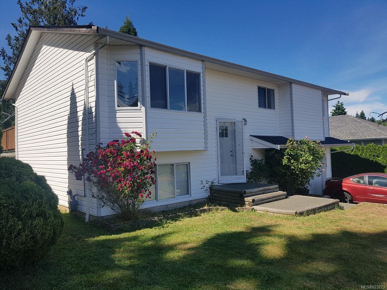 Main Photo: 2138 E 9th St in COURTENAY: CV Courtenay East House for sale (Comox Valley)  : MLS®# 823273
