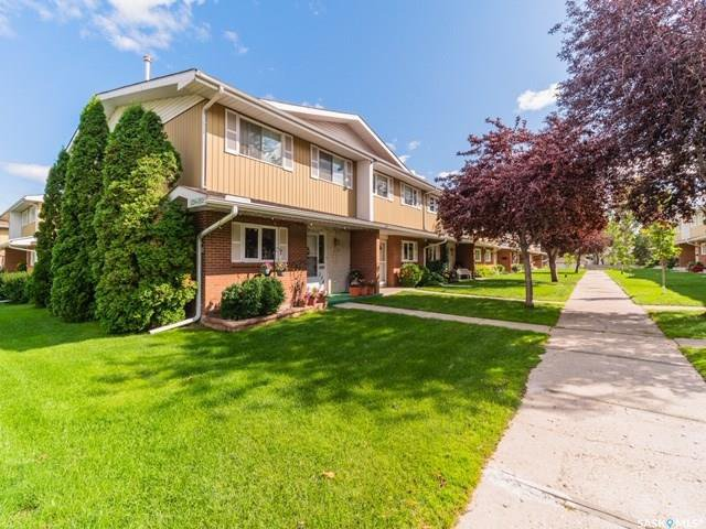 Main Photo: 236 Plainsview Drive in Regina: Albert Park Condominium for sale : MLS®# SK785363