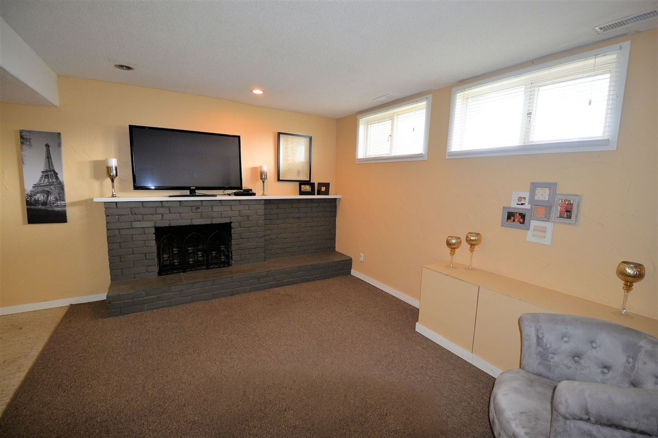"""Photo 14: Photos: 870 WARREN Avenue in Prince George: Spruceland House for sale in """"SPRUCELAND"""" (PG City West (Zone 71))  : MLS®# R2407232"""