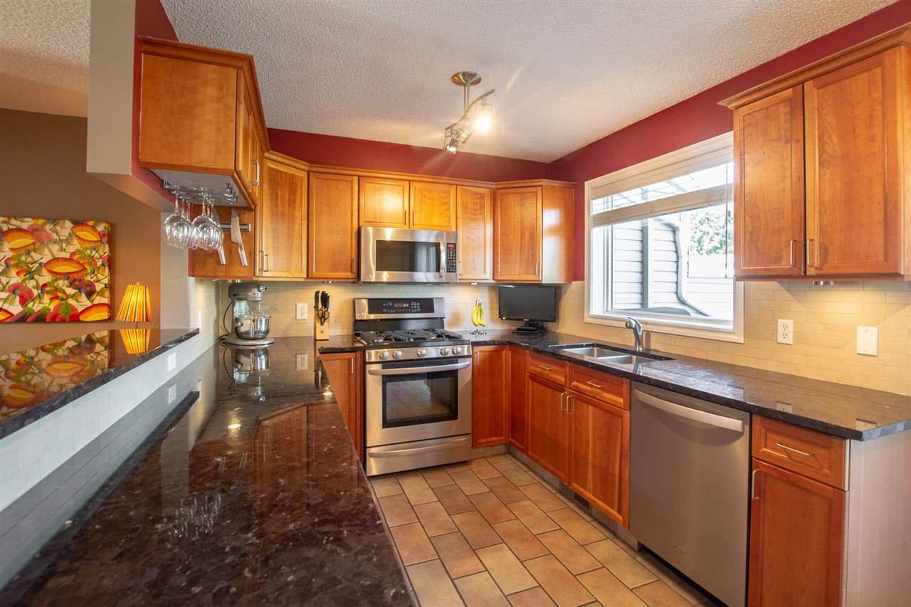 Main Photo: 14516 STONY PLAIN Road in Edmonton: Zone 21 Townhouse for sale : MLS®# E4185041