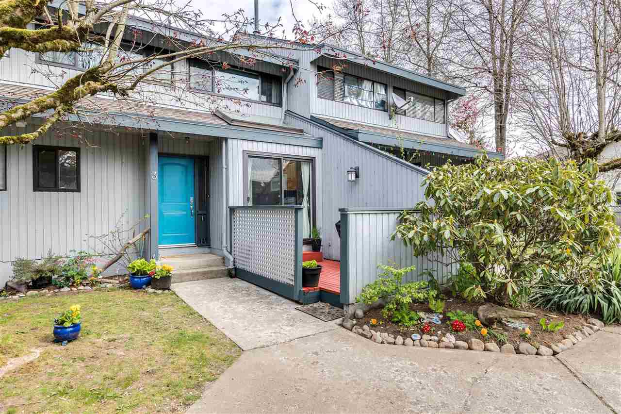 Main Photo: 3 19022 119B Avenue in Pitt Meadows: Central Meadows Townhouse for sale : MLS®# R2455967