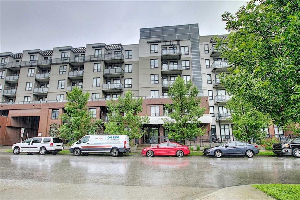 Main Photo: 527 955 MCPHERSON Road NE in Calgary: Bridgeland/Riverside Apartment for sale : MLS®# C4305151
