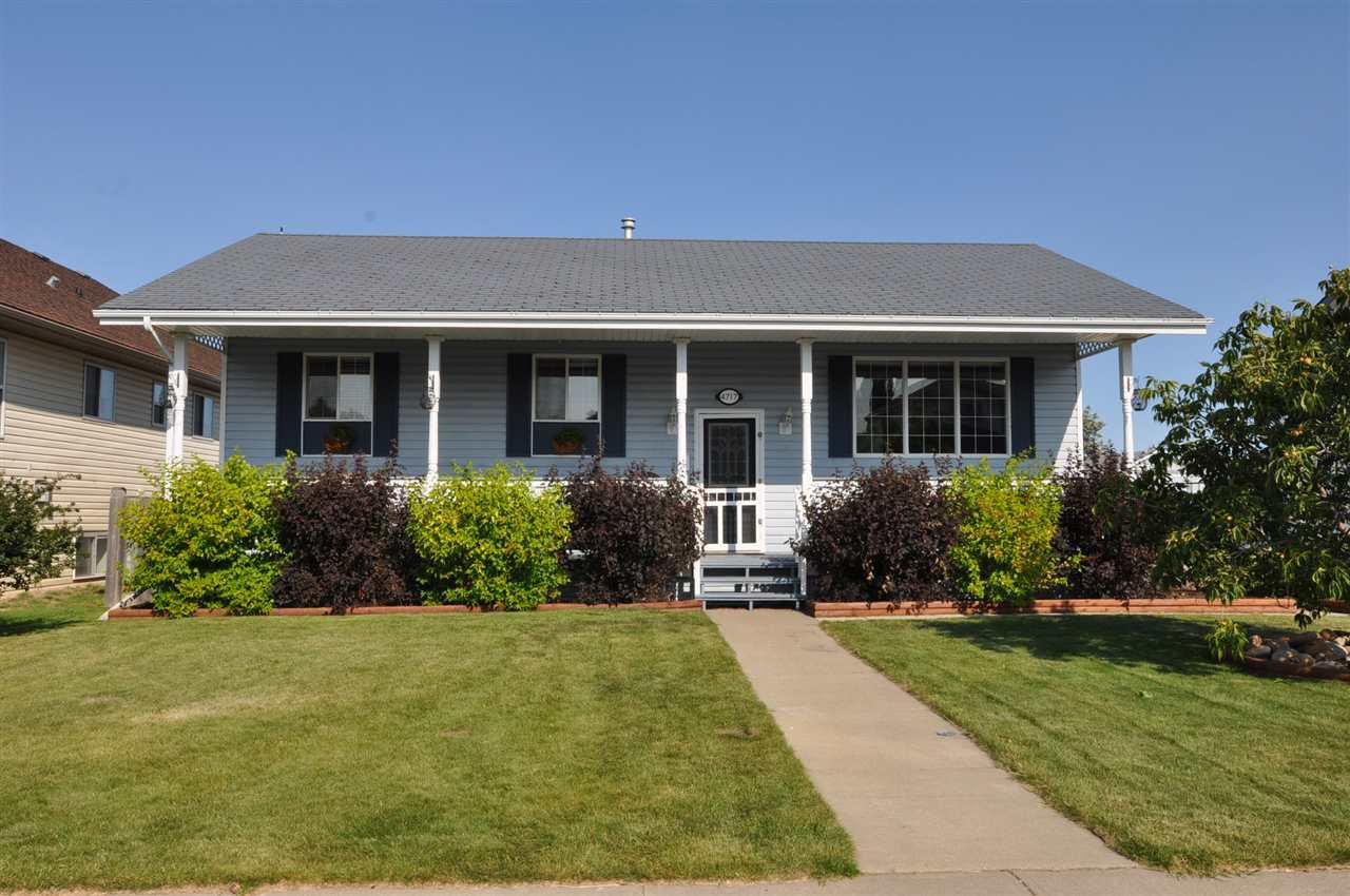 Main Photo: 4717 48 Street: Legal House for sale : MLS®# E4220835