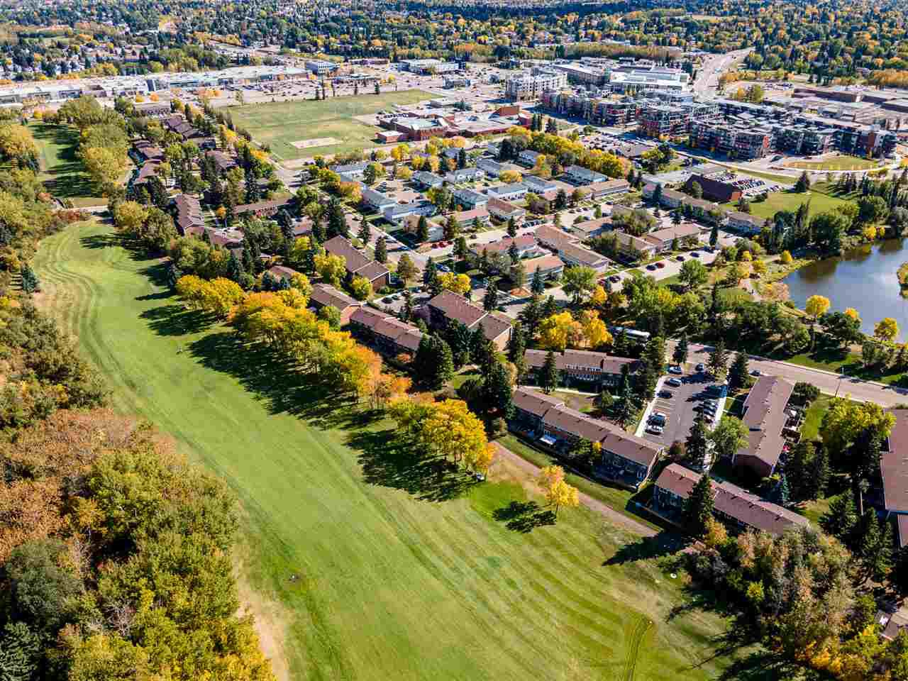 Main Photo: 135 GREAT Oaks: Sherwood Park Townhouse for sale : MLS®# E4215495