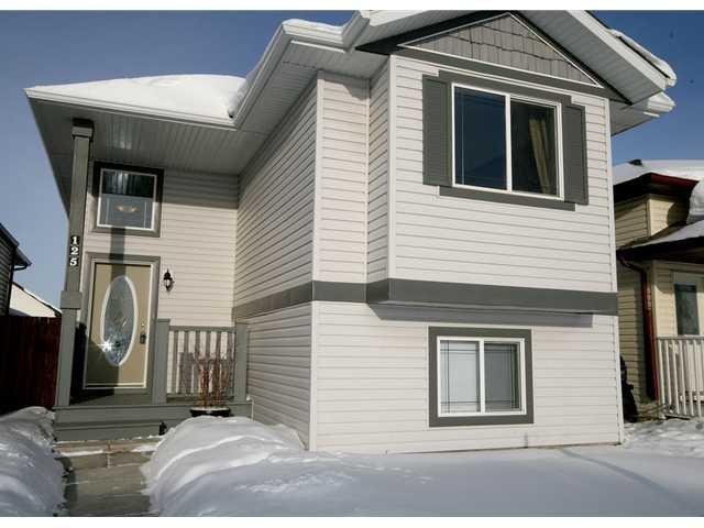 Main Photo: 125 TARACOVE Way NE in CALGARY: Taradale Residential Detached Single Family for sale (Calgary)  : MLS®# C3456094