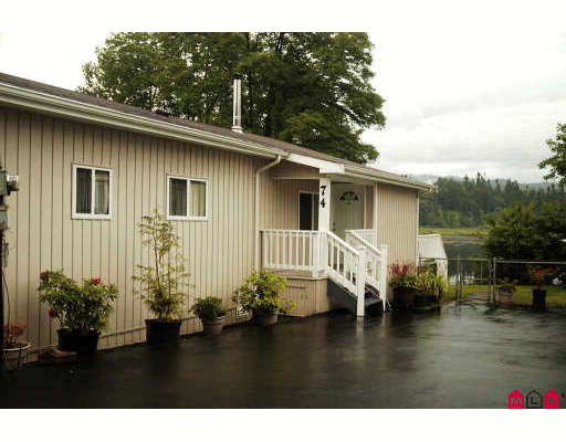 "Main Photo: 74 9950 WILSON Street in Mission: Stave Falls Manufactured Home for sale in ""Ruskin Place"" : MLS®# F2819648"
