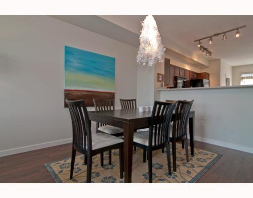 """Photo 3: Photos: 21 55 HAWTHORN Drive in Port_Moody: Heritage Woods PM Townhouse for sale in """"COBALT SKY"""" (Port Moody)  : MLS®# V757037"""