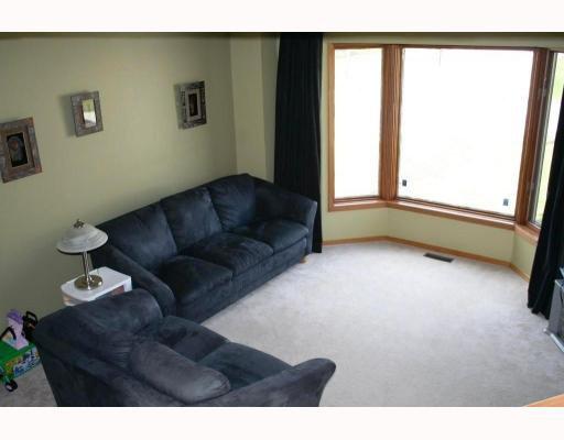 Photo 4: Photos:  in WINNIPEG: Windsor Park / Southdale / Island Lakes Residential for sale (South East Winnipeg)  : MLS®# 2908383
