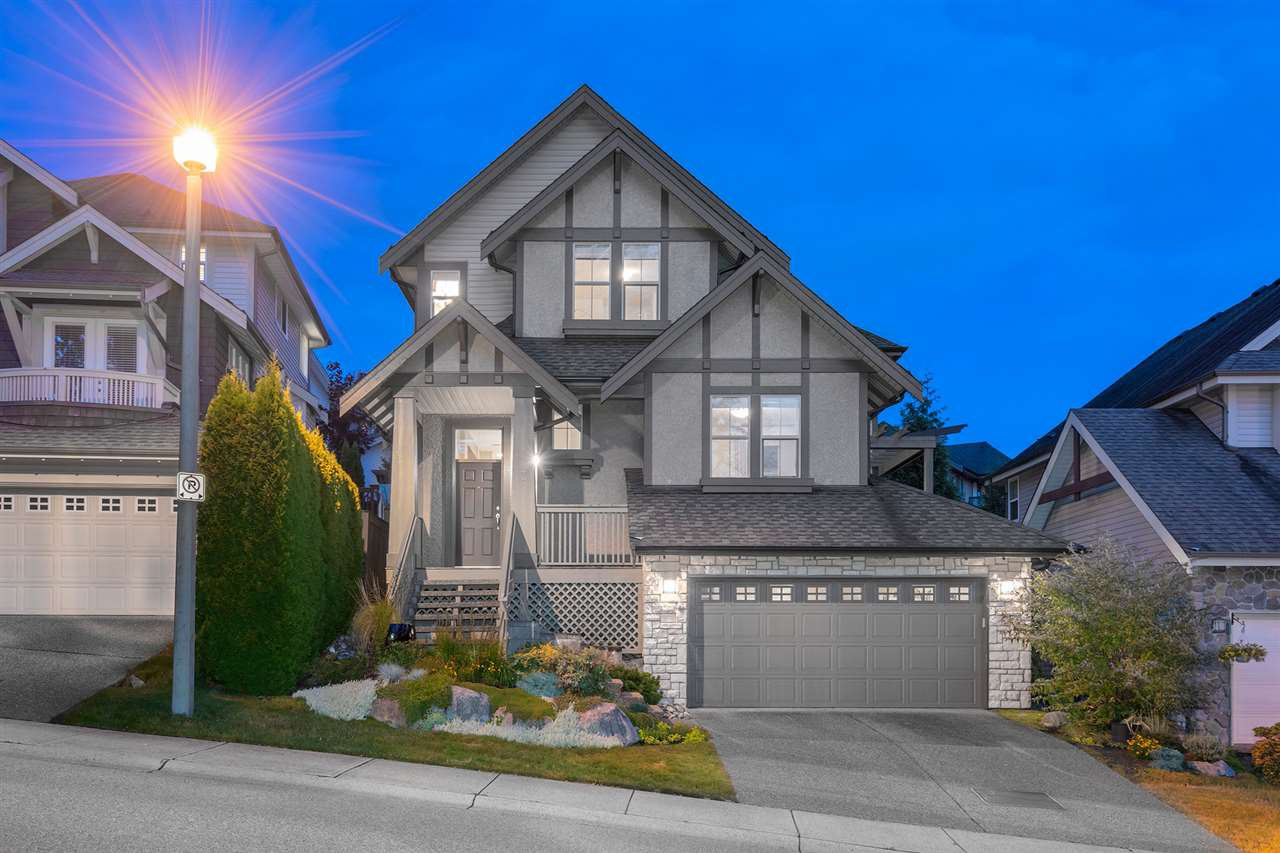 Main Photo: 7 HAWTHORN Drive in Port Moody: Heritage Woods PM House for sale : MLS®# R2405675