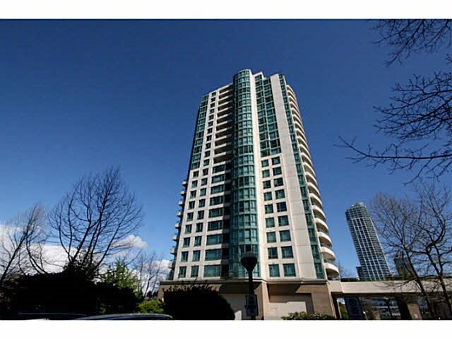 "Main Photo: 2004 5833 WILSON Avenue in Burnaby: Central Park BS Condo for sale in ""Paramount 1"" (Burnaby South)  : MLS®# R2427426"