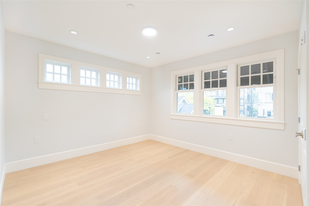 Photo 16: Photos: 2425 W 5TH Avenue in Vancouver: Kitsilano Townhouse for sale (Vancouver West)  : MLS®# R2493288