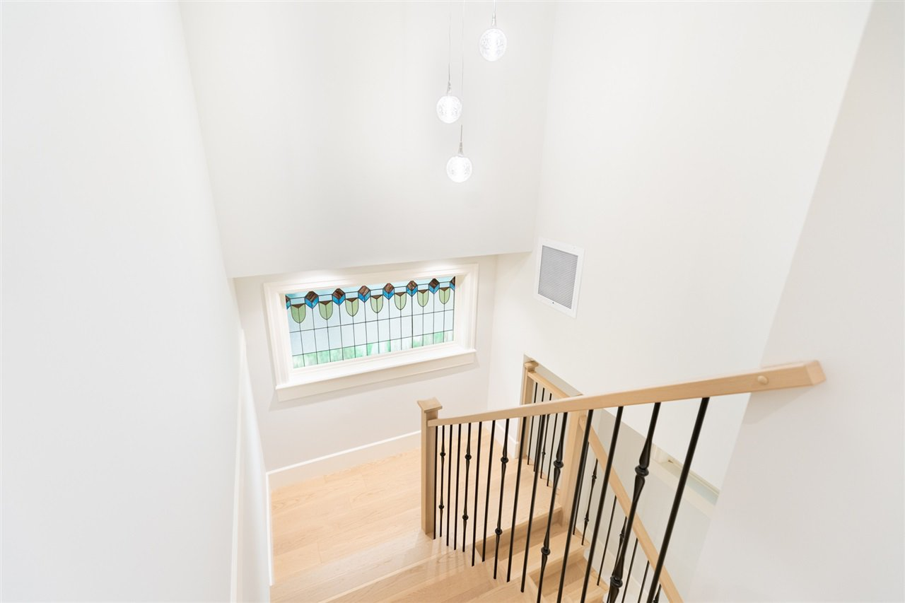 Photo 9: Photos: 2425 W 5TH Avenue in Vancouver: Kitsilano Townhouse for sale (Vancouver West)  : MLS®# R2493288