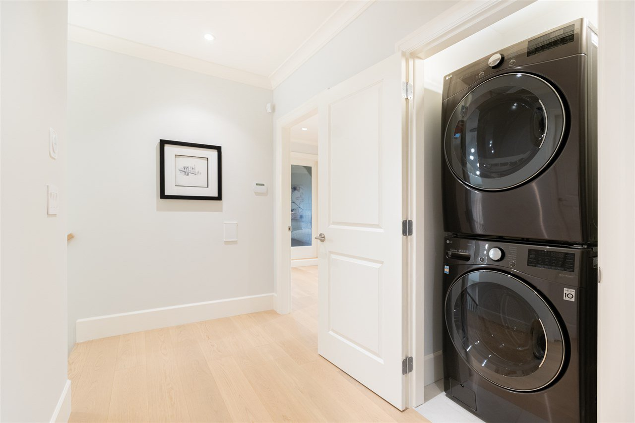 Photo 15: Photos: 2425 W 5TH Avenue in Vancouver: Kitsilano Townhouse for sale (Vancouver West)  : MLS®# R2493288