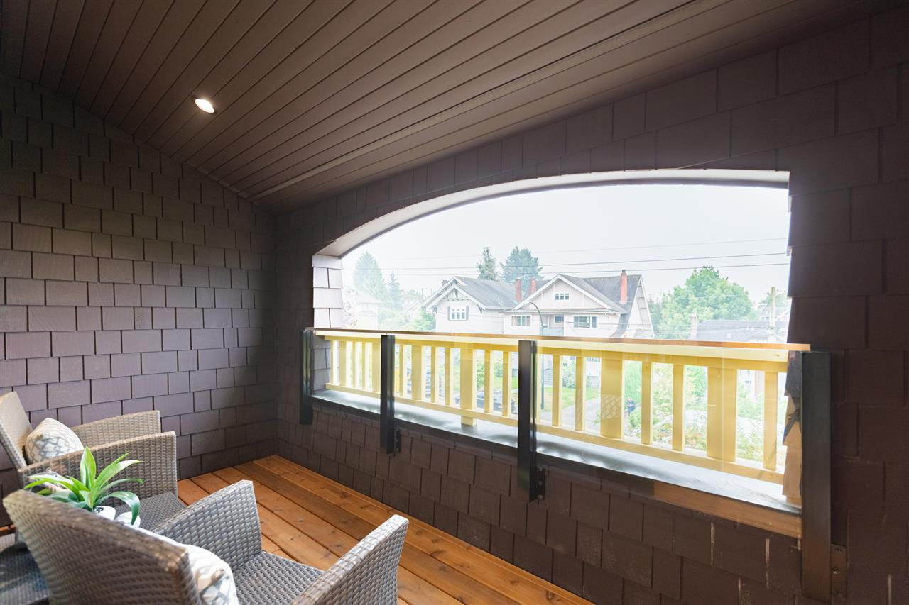 Photo 13: Photos: 2425 W 5TH Avenue in Vancouver: Kitsilano Townhouse for sale (Vancouver West)  : MLS®# R2493288
