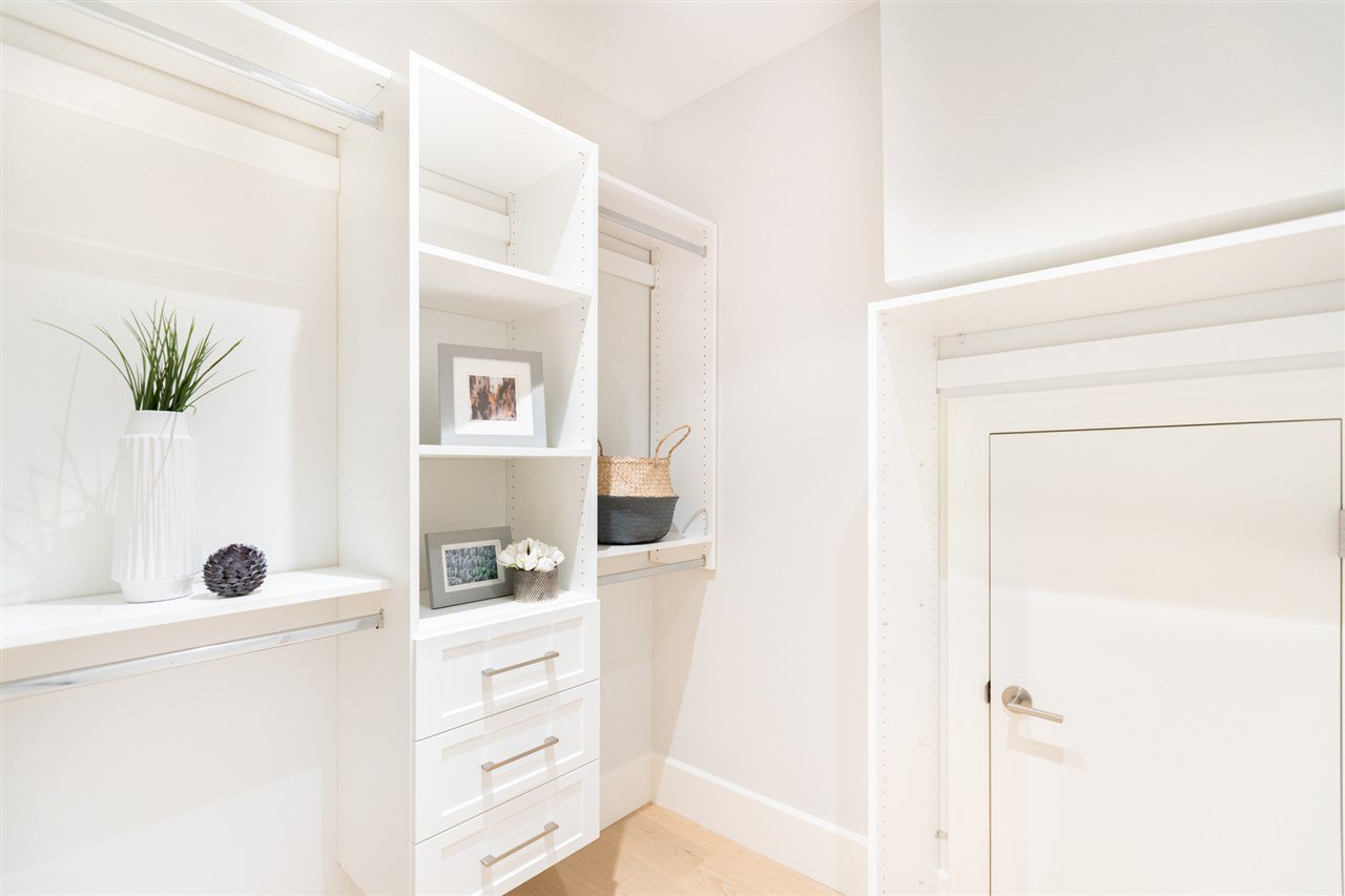 Photo 12: Photos: 2425 W 5TH Avenue in Vancouver: Kitsilano Townhouse for sale (Vancouver West)  : MLS®# R2493288