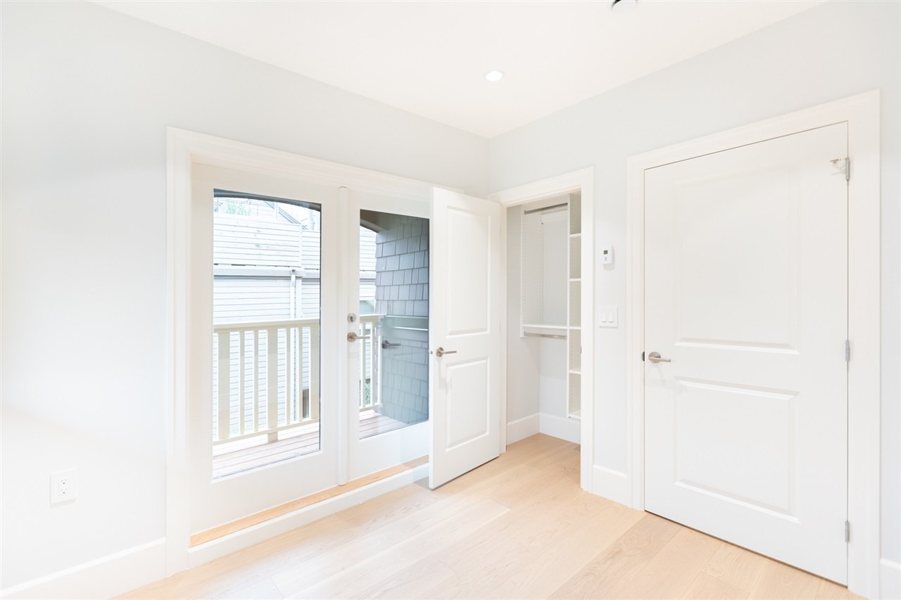 Photo 17: Photos: 2425 W 5TH Avenue in Vancouver: Kitsilano Townhouse for sale (Vancouver West)  : MLS®# R2493288