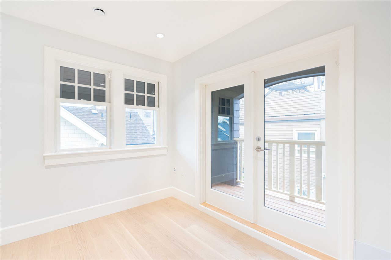 Photo 19: Photos: 2425 W 5TH Avenue in Vancouver: Kitsilano Townhouse for sale (Vancouver West)  : MLS®# R2493288