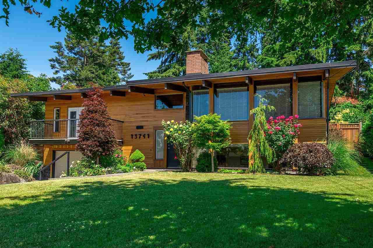 Main Photo: 13741 COLDICUTT Avenue: White Rock House for sale (South Surrey White Rock)  : MLS®# R2503556