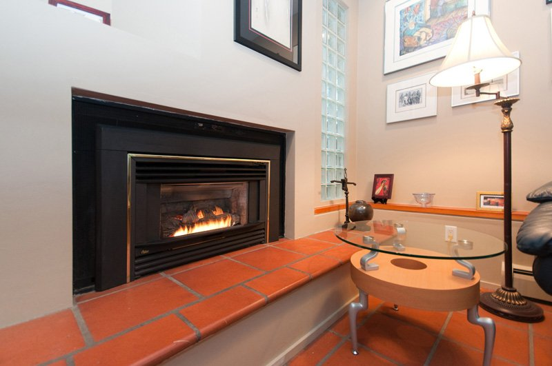 Photo 4: Photos: 2958 W 3RD Avenue in Vancouver: Kitsilano Townhouse for sale (Vancouver West)  : MLS®# V825641