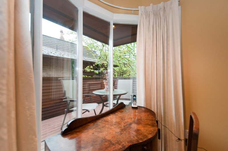 Photo 15: Photos: 2958 W 3RD Avenue in Vancouver: Kitsilano Townhouse for sale (Vancouver West)  : MLS®# V825641