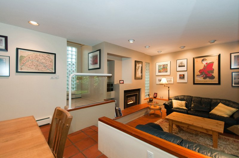 Photo 6: Photos: 2958 W 3RD Avenue in Vancouver: Kitsilano Townhouse for sale (Vancouver West)  : MLS®# V825641
