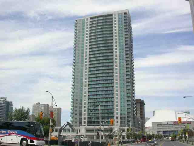 Main Photo: 9 30 Grand Trunk Crest in Toronto: Condo for sale (C01: TORONTO)  : MLS®# C1914833