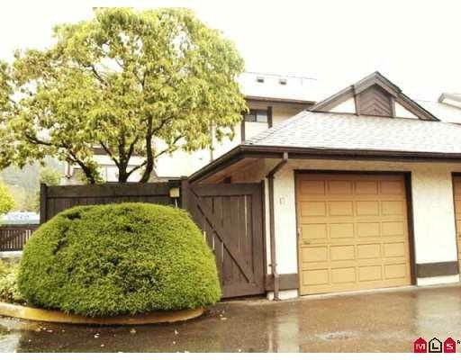 """Main Photo: 7 34755 OLD YALE Road in Abbotsford: Abbotsford East Townhouse for sale in """"GLENVIEW"""" : MLS®# F2914311"""