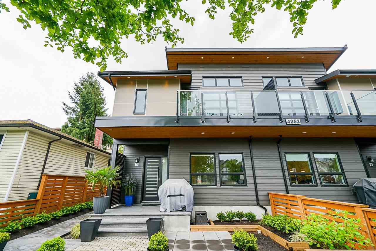 Main Photo: 3 4352 ALBERT Street in Burnaby: Vancouver Heights Townhouse for sale (Burnaby North)  : MLS®# R2456280