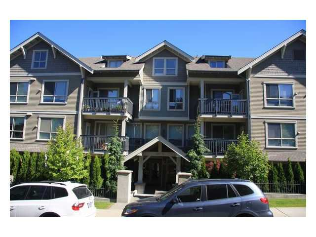 "Main Photo: 104 3895 SANDELL Street in Burnaby: Central Park BS Condo for sale in ""CLARKE HOUSE"" (Burnaby South)  : MLS®# V838903"