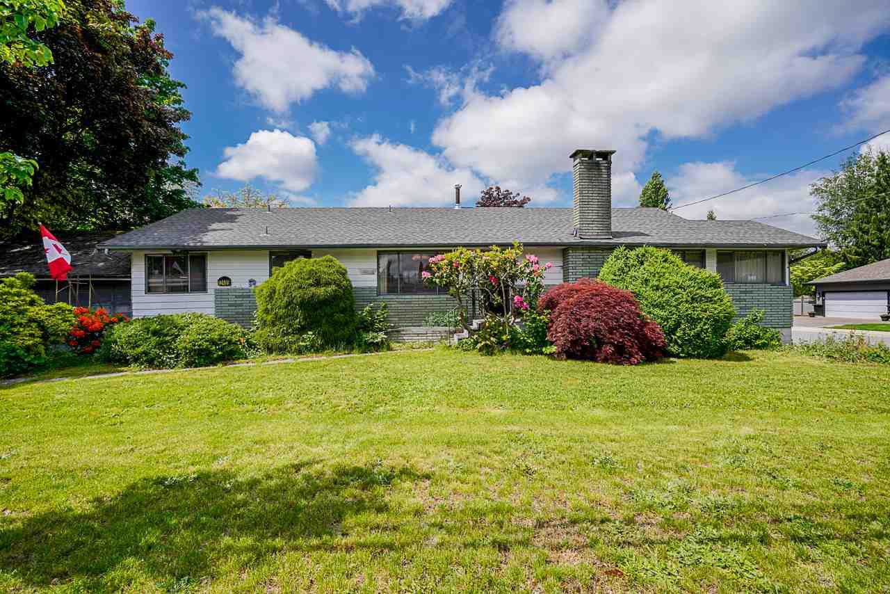 Main Photo: 12489 203 Street in Maple Ridge: Northwest Maple Ridge House for sale : MLS®# R2457231