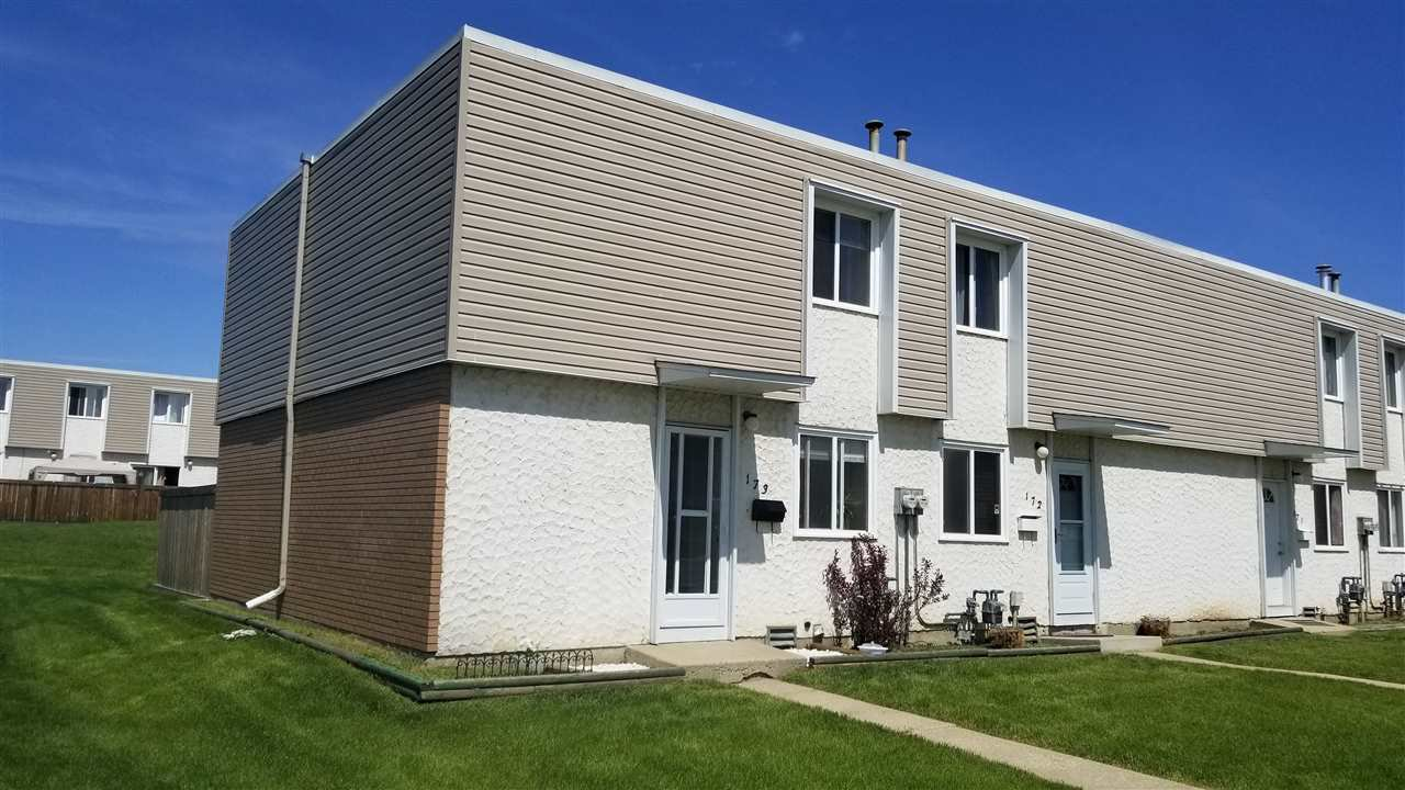 Main Photo: 173 CORNELL Court in Edmonton: Zone 02 Townhouse for sale : MLS®# E4199224