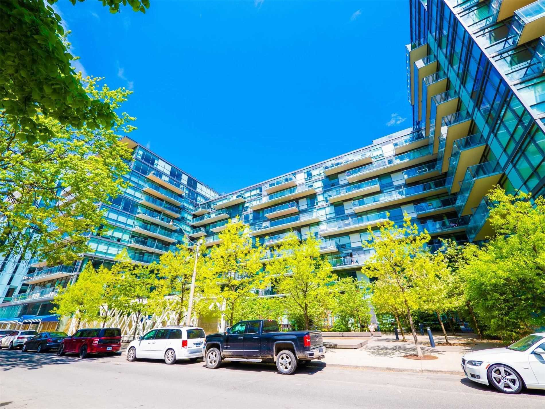 Main Photo: 428 55 Stewart Street in Toronto: Waterfront Communities C1 Condo for sale (Toronto C01)  : MLS®# C4855933
