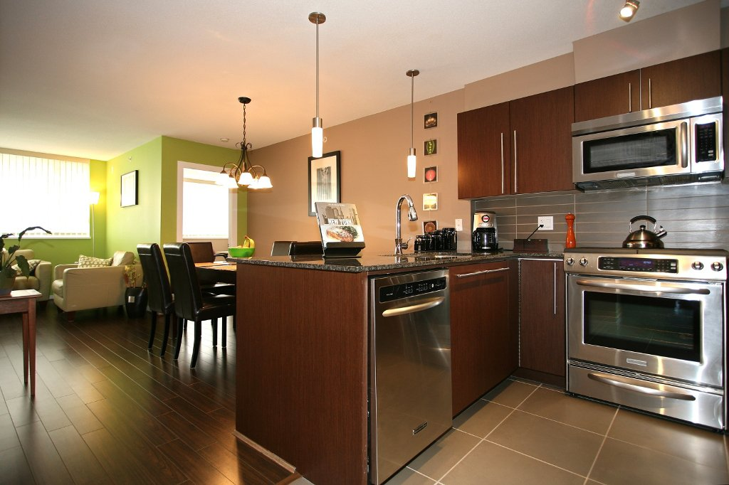 """Photo 8: Photos: 504 4888 BRENTWOOD Drive in Burnaby: Brentwood Park Condo for sale in """"BRENWOOD GATE"""" (Burnaby North)  : MLS®# V856167"""
