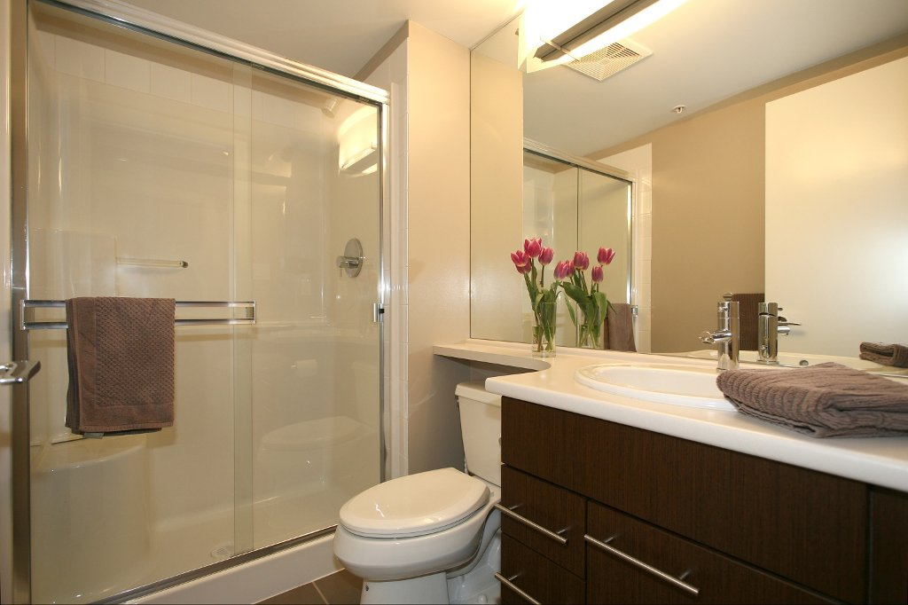 """Photo 12: Photos: 504 4888 BRENTWOOD Drive in Burnaby: Brentwood Park Condo for sale in """"BRENWOOD GATE"""" (Burnaby North)  : MLS®# V856167"""