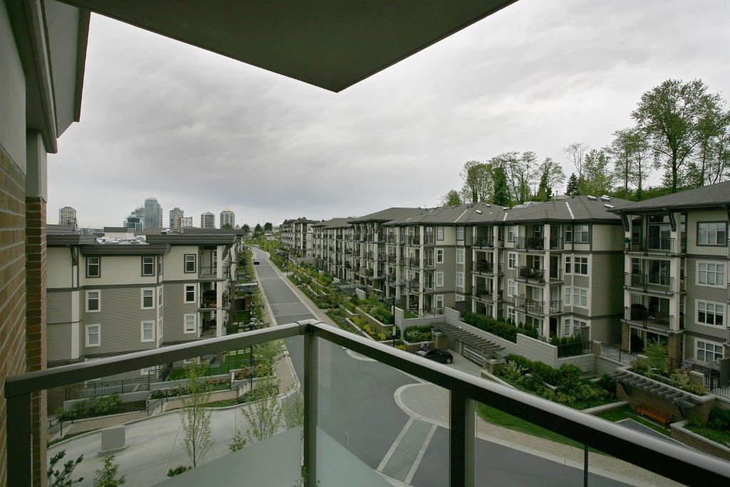 """Photo 13: Photos: 504 4888 BRENTWOOD Drive in Burnaby: Brentwood Park Condo for sale in """"BRENWOOD GATE"""" (Burnaby North)  : MLS®# V856167"""